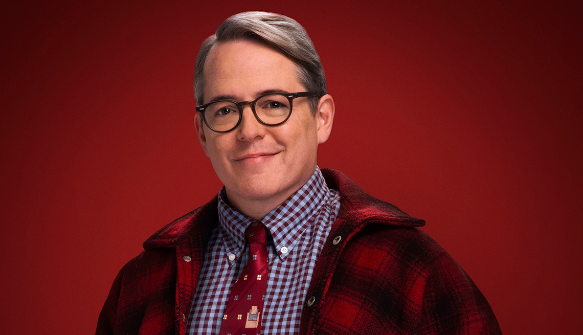 The multitalented actor plays older Ralphie in 'A Christmas Story Live!'