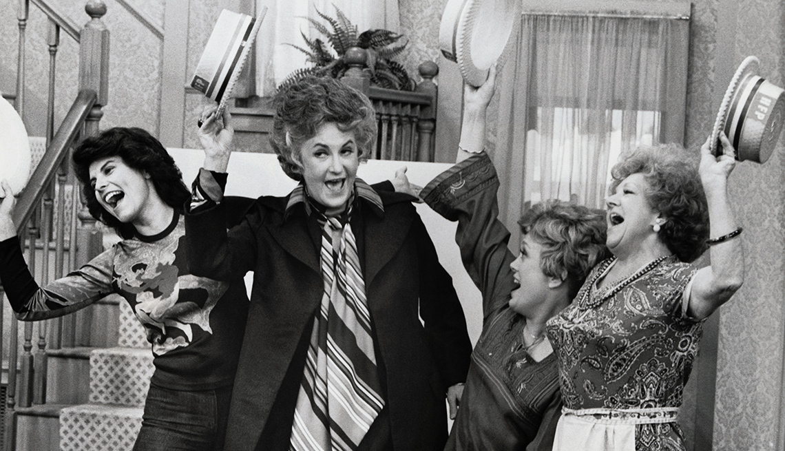 """item 3 of Gallery image - Adrienne Barbeau, Bea Arthur, Rue McClanahan and Hermione Baddeley in """"Maude"""""""