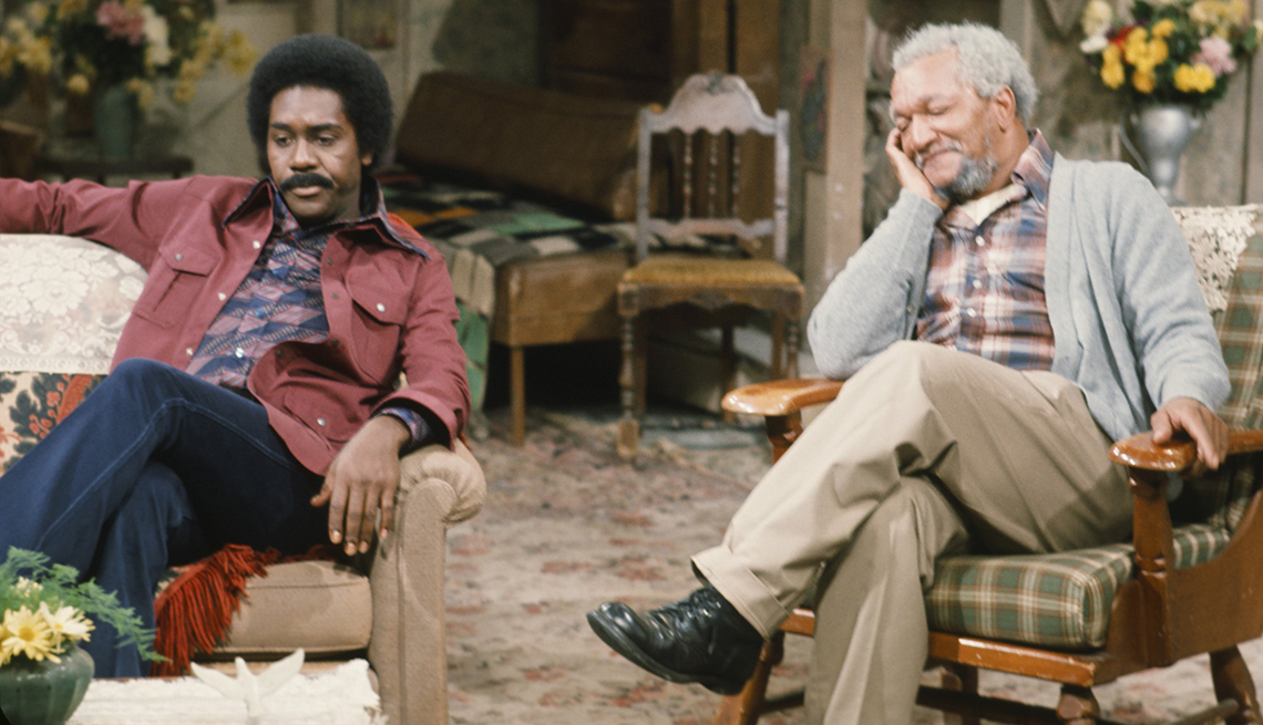 """item 2 of Gallery image - Demond Wilson and Redd Foxx in """"Sanford and Son"""""""