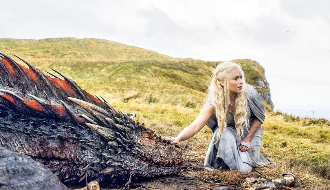 Emilia Clarke en  una escena de Game of Thrones de HBO Go