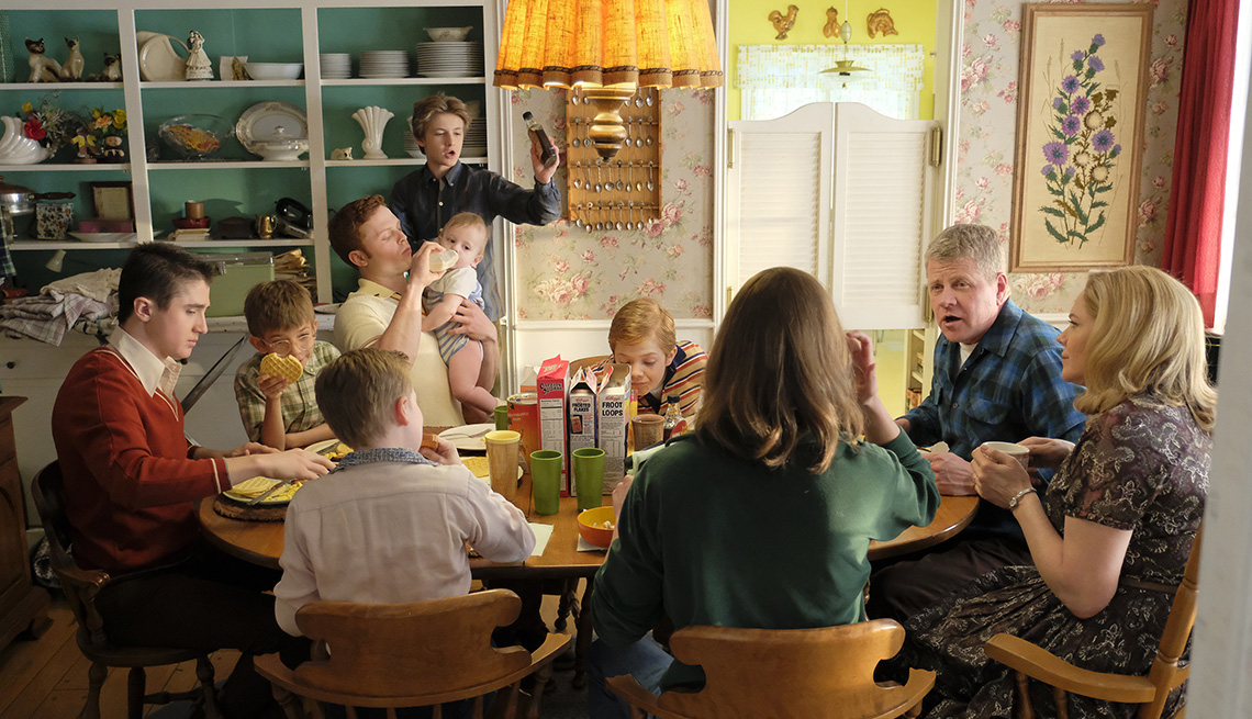 """item 11 of Gallery image - Michael Cudlitz and Mary McCormack (far right) in ABC's """"The Kids Are Alright"""""""