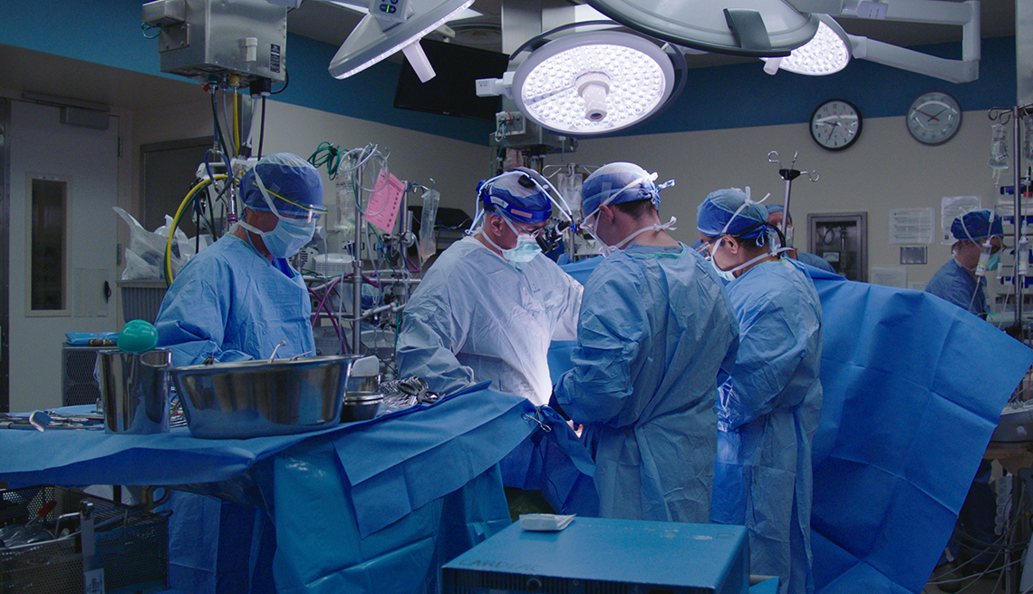Doctors perform surgery at the Mayo Clinic