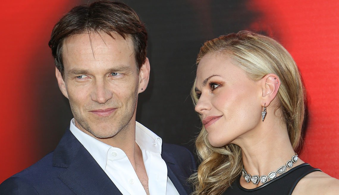 item 3 of Gallery image - Anna Paquin y Stephen Moyer