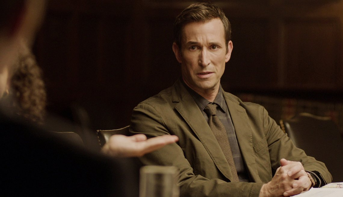 Noah Wyle as Daniel Calder in 'The Red Line'