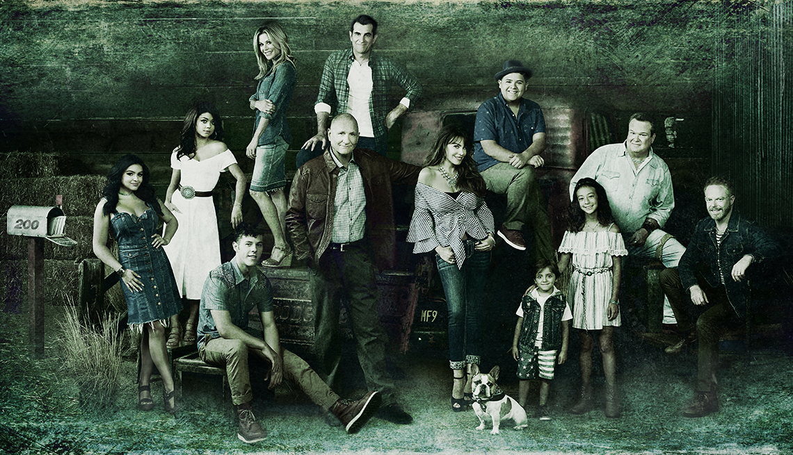 A group photo of the cast of Modern Family