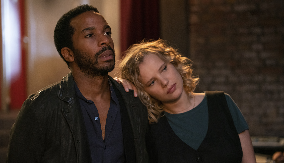 André Holland as Elliot Udo and Joanna Kulig as Maja in the Netflix show The Eddy