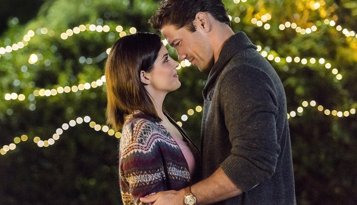 Jen Lilley and Ryan Paevey star in the Hallmark Channel original movie Harvest Love