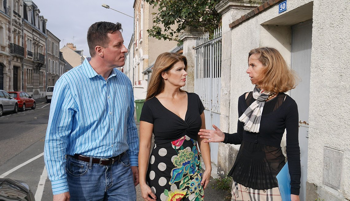 A scene from the television show House Hunters International