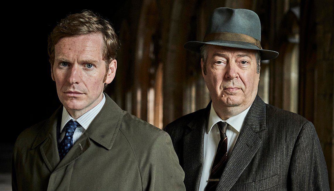 Shaun Evans as Endeavour Morse and Roger Allam as Fred Thursday in Endeavour