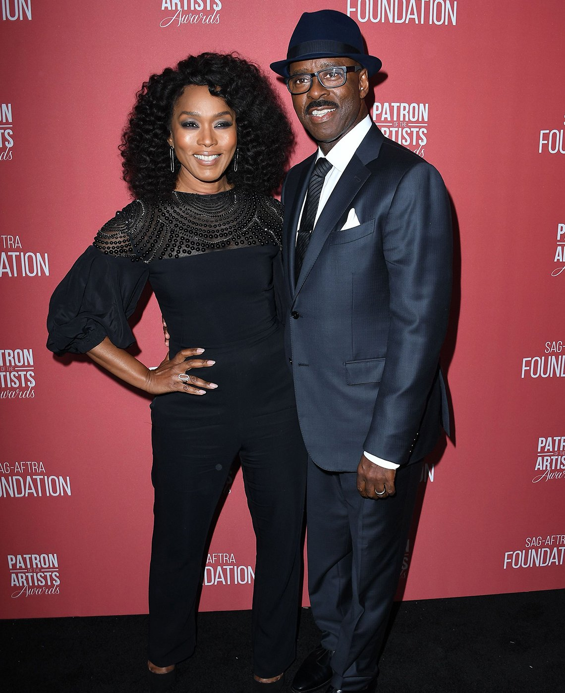 Actores Angela Bassett y Courtney Vance