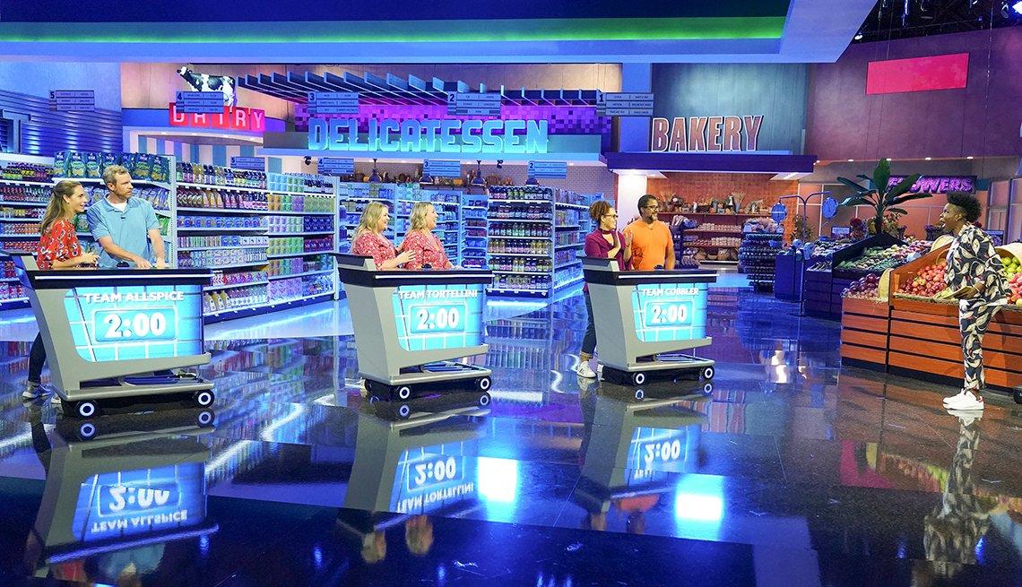 Leslie Jones presenta un reinicio del programa de juegos de televisión Supermarket Sweep.