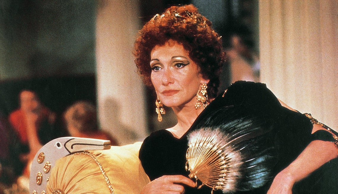 Sian Phillips como Livia en la serie I Claudius