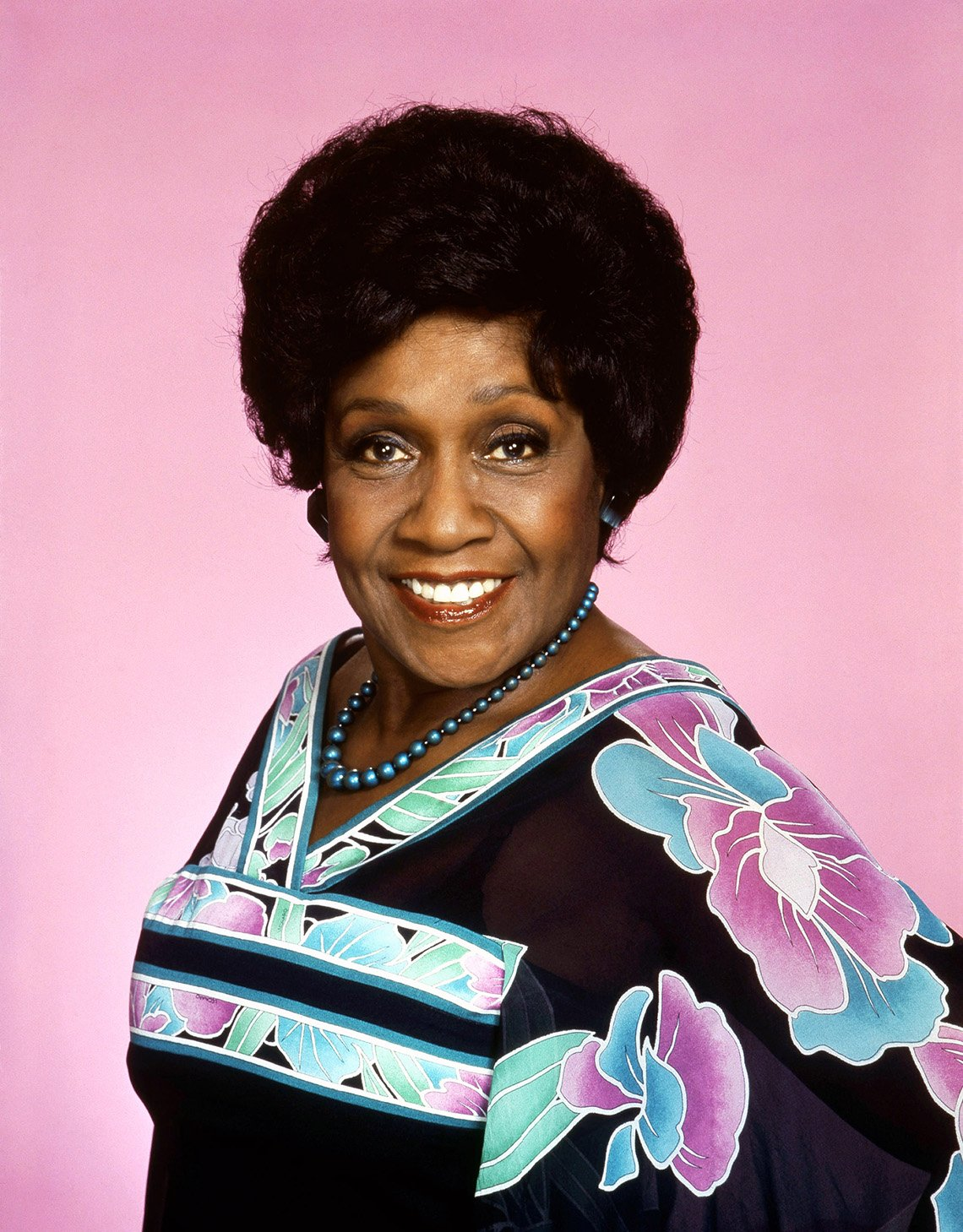 Isabel Sanford fue Louise Jefferson en The Jeffersons.