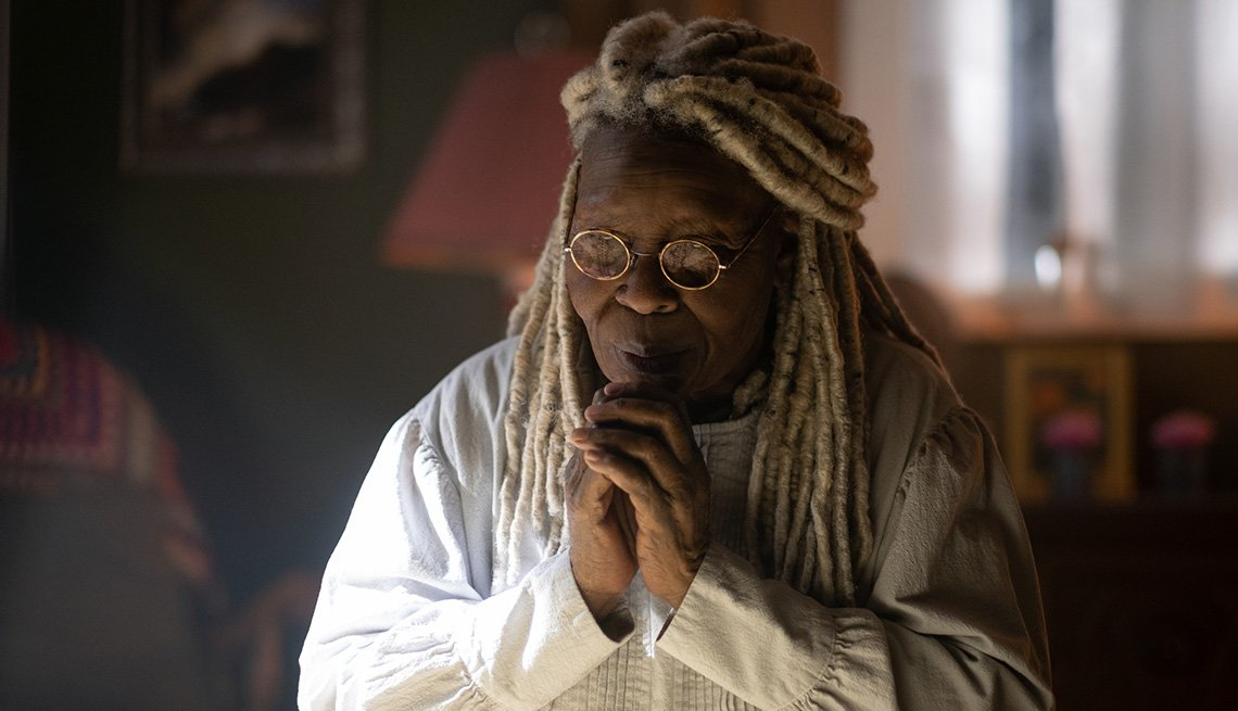 Whoopi Goldberg in a scene from The Stand