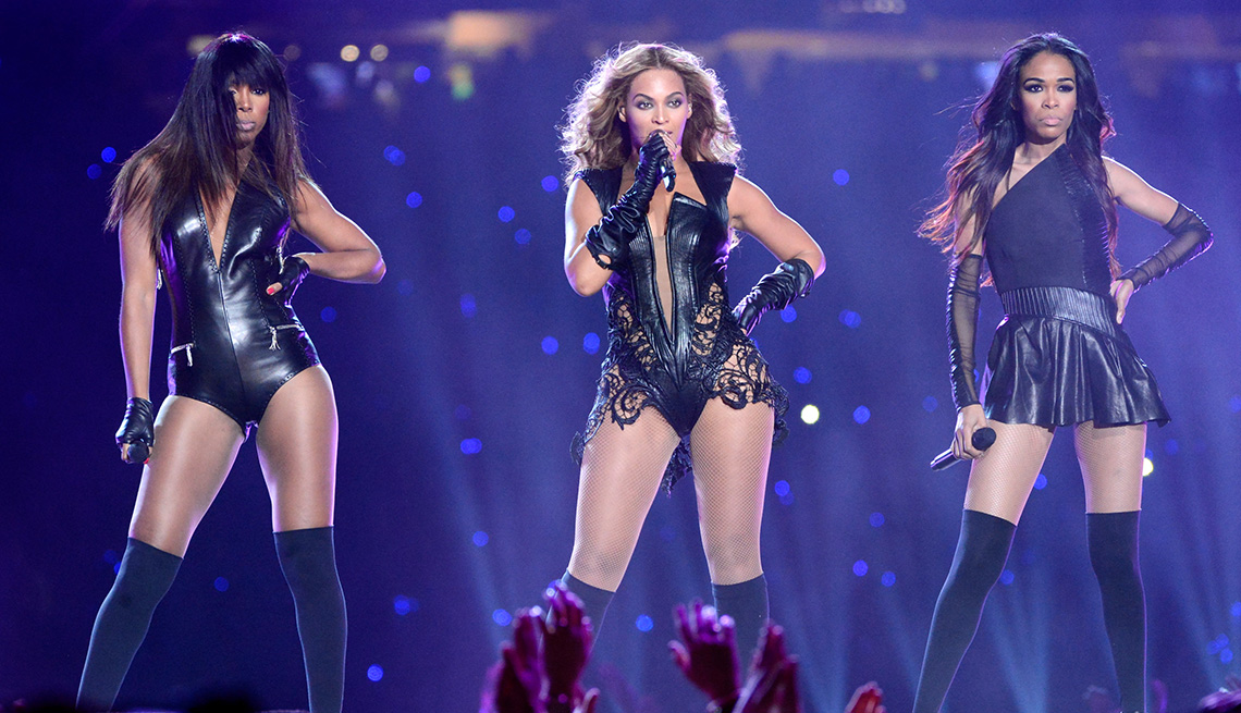 Kelly Rowland, Beyonce and Michelle Williams of Destiny's Child perform during the Super Bowl XLVII Halftime Show