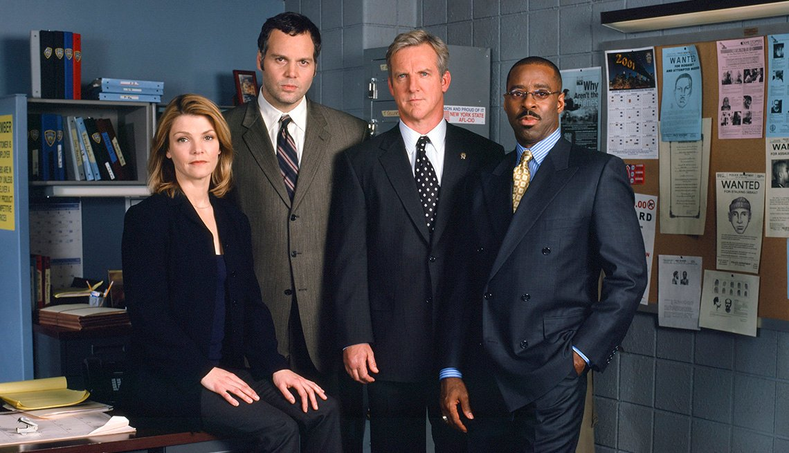Kathryn Erbe, Vincent D'Onofrio, Jamey Sheridan and Courtney B. Vance in Law and Order Criminal Intent