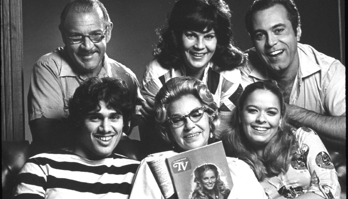 """El elenco del programa de televisión cubano-americano """"Que Pasa, USA""""."""