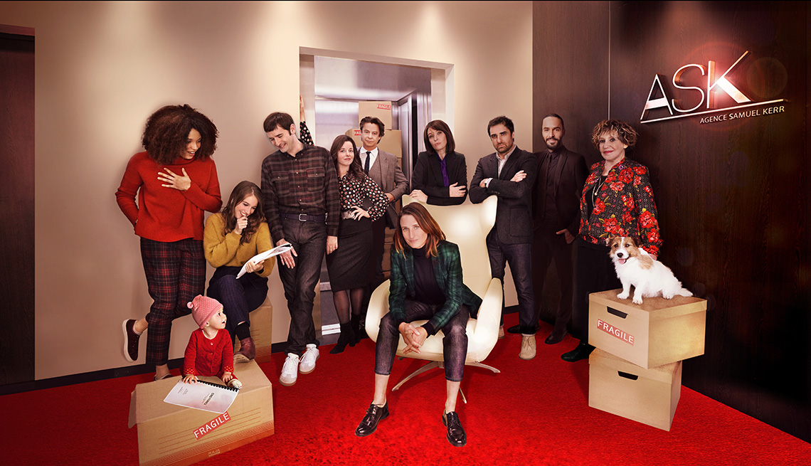 A photo of the cast of the TV series Call My Agent