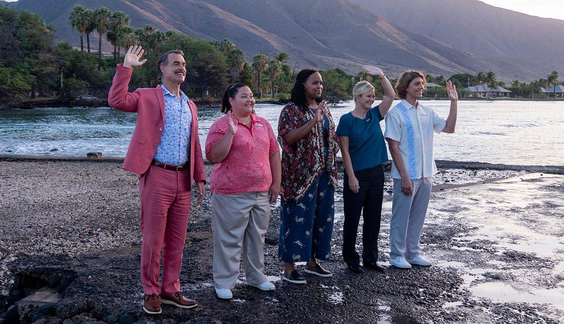 Murray Bartlett, Jolene Purdy, Natasha Rothwell, Christie Volkmer and Lukas Gage star in the HBO series The White Lotus