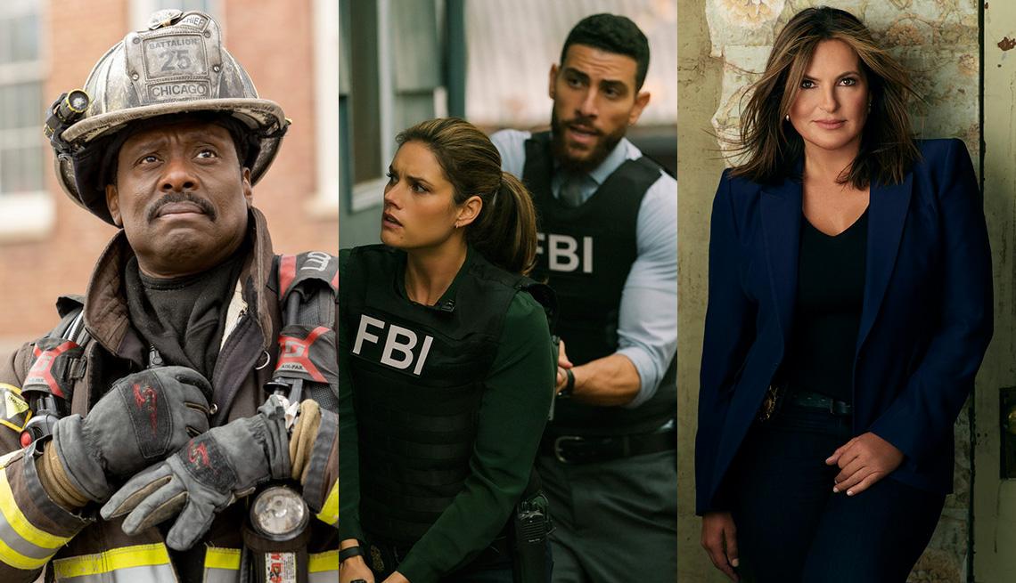 """(De izquierda a derecha) Eamonn Walker como el jefe Wallace Boden en """"Chicago Fire"""", Missy Peregrym como la agente especial Maggie Bell y Zeeko Zaki como el agente especial Omar Adom 'OA' Zidan en """"FBI"""" y Mariska Hargitay como la teniente Olivia Benson en"""