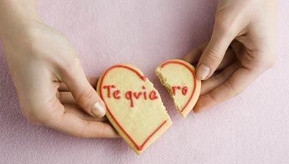 AARP Viva Radio - Dr. Claudia Campos habla del divorcio después de los 50