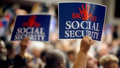 Cartel en una manifestación para mantener el Seguro Social.