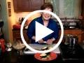 Aguacate relleno de ensalada de pollo al chipotle