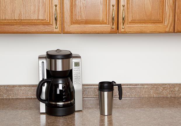 Cafetera en una cocina- 10 maneras de preparar el café alrededor del mundo