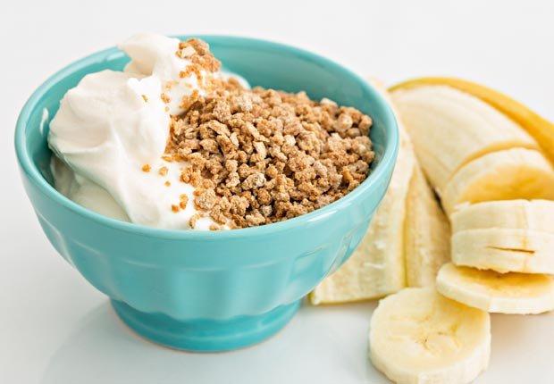Yogurt Griego - 10 Comidas vegetarianas altas en proteínas