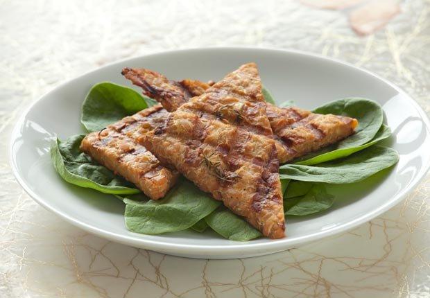 Tempeh - 10 Comidas vegetarianas altas en proteínas