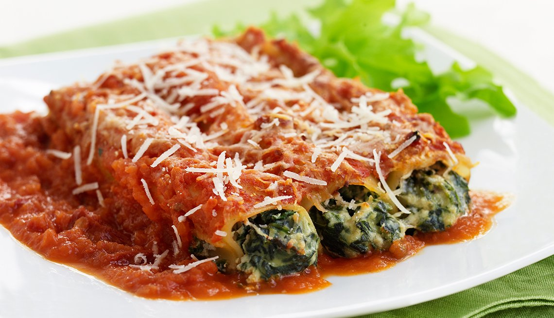 Cannelloni Suffed with Spinach, Marinara Sauce, White Plate, Recipes to Prepare with Your Grandchildren