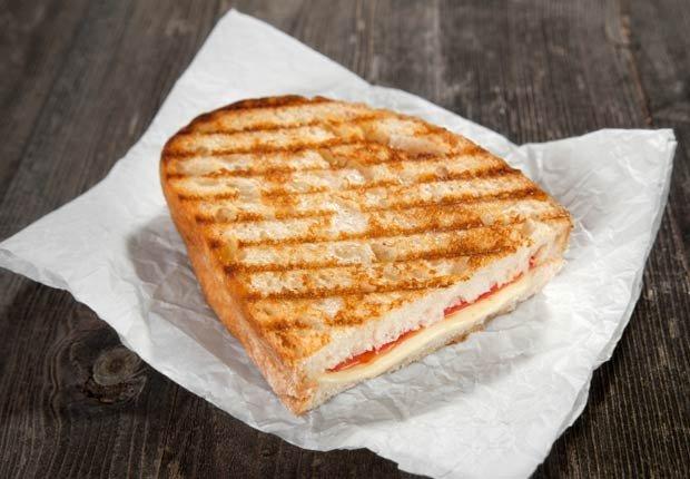 Mitad de un sanduche - Tácticas para bajar de peso rápido