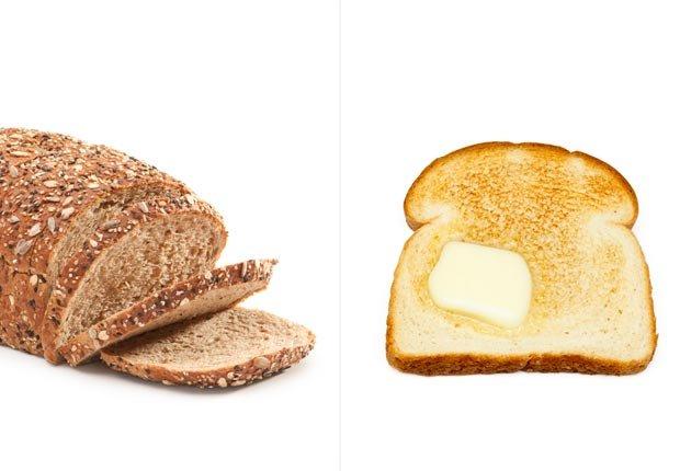 Pan integral y pan tostado con mantequilla