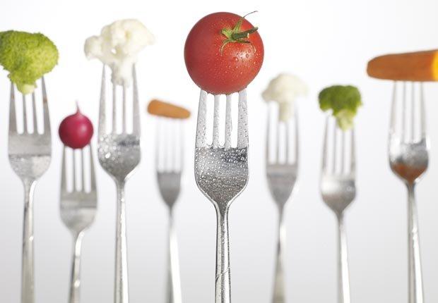 Tenedores y vegetales