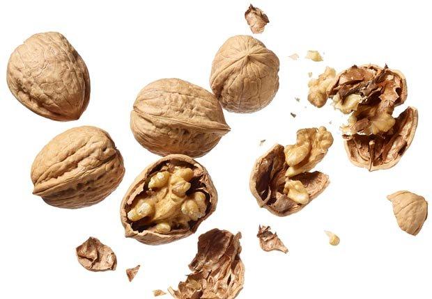 Nueces - 16 Alimentos para una vida larga y saludable