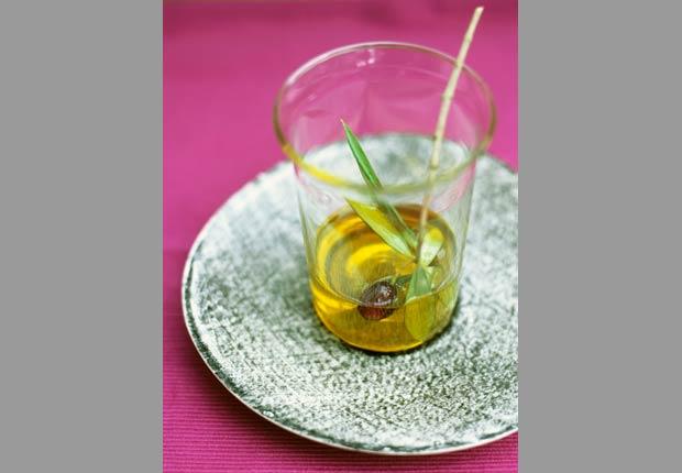 Aceite de oliva, 10 alimentos saludables ricos en calorías