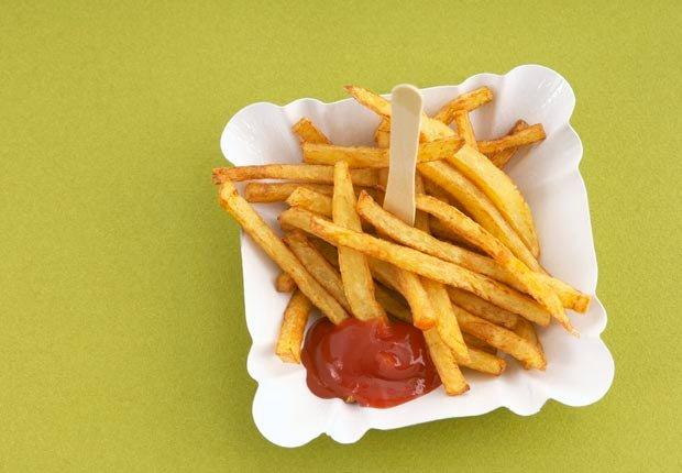 Papas fritas - 10 Alimentos de festivales que va a arruinar su dieta