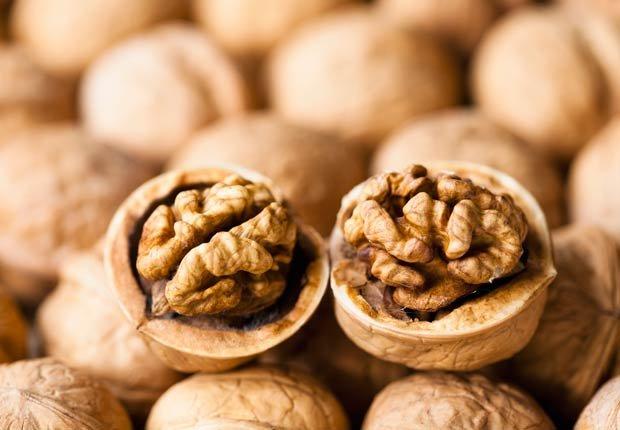 Nueces - 10 alimentos saludables que pueden ayudar a relajarse