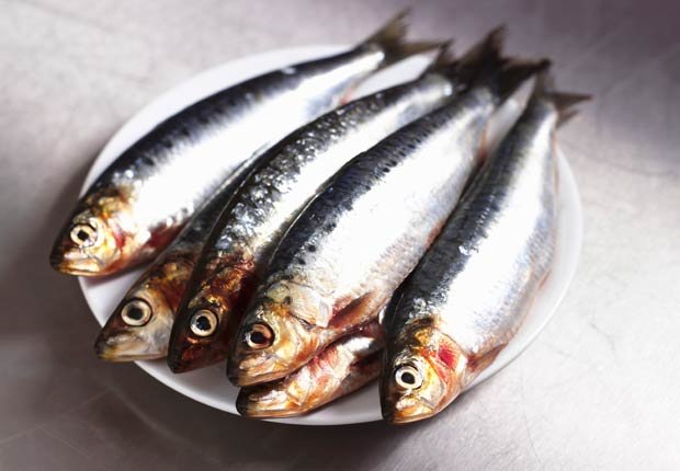Pescado - 10 alimentos saludables que pueden ayudar a relajarse