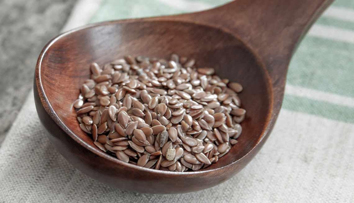 Semillas de lino - Súperalimentos que puedes añadir a tus batidos