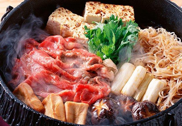 Sukiyaki de Japón - Platos típicos de Asia