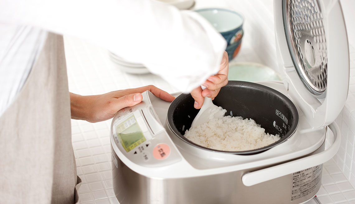 item 2 of Gallery image - rice maker