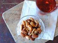 Perfect pre-dinner nibbles: Union Square Café Bar Nuts