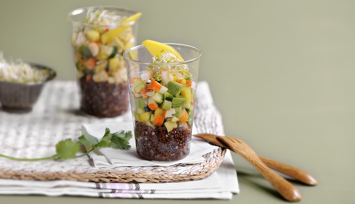 item 7 of Gallery image - Quinoa negra en un vaso