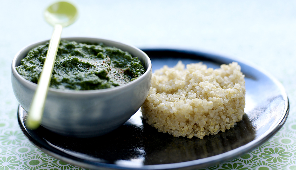 item 3 of Gallery image - Espinaca con quinoa