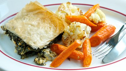 meatless monday recipe spinach feta dill baked in phyllo dough