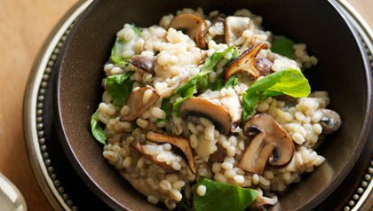 barley risotto with mushrooms, a low calorie winter dish