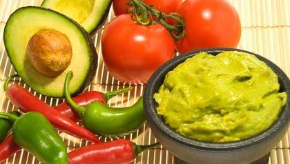 Guacamole y tomates para recetas del 5 de Mayo