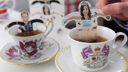 A woman holds a Kate Middleton tea bag in Hamburg, Germany1.