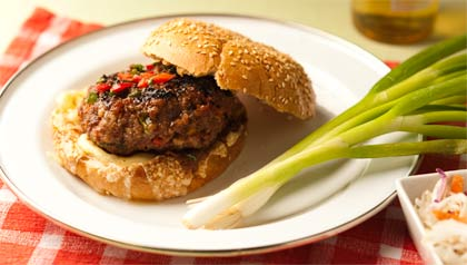 Cheese-stuffed hamburgers - Recipe by Denisse Oller